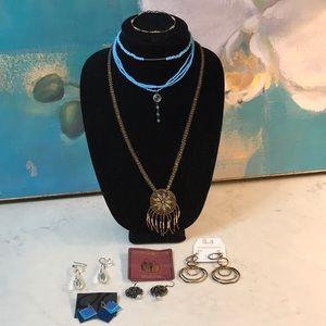 Jewelry - Lot of Vintage Jewelry (9 Pieces)